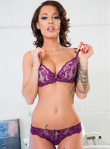 Nikita Bellucci porn videos