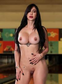 Valerie Kay