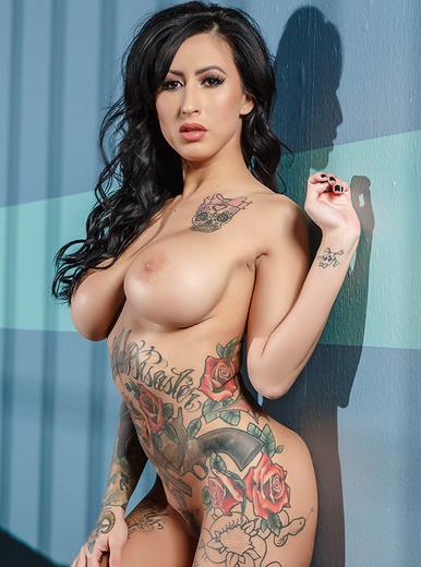 Lily Lane - XXX Pornstar
