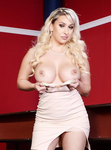 Nina Kayy porn videos