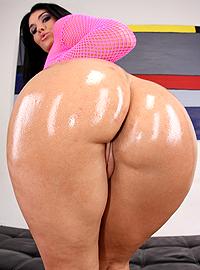 Olivia Olovely