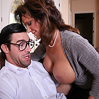 Banging Mikey's Mom!