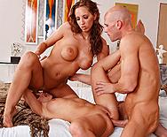 Big Round Booty - Britney Stevens - Kelly Divine - 4