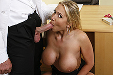 Alanah Rae in Special Formula - Picture 2