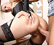The dick smuggler - Angel Long - 3