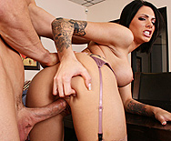 A Bribe From The Boss - Juelz Ventura - 5