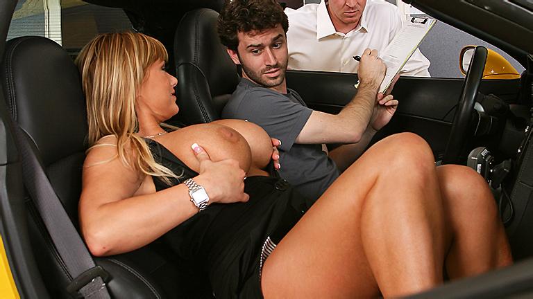 порно пристал в машине