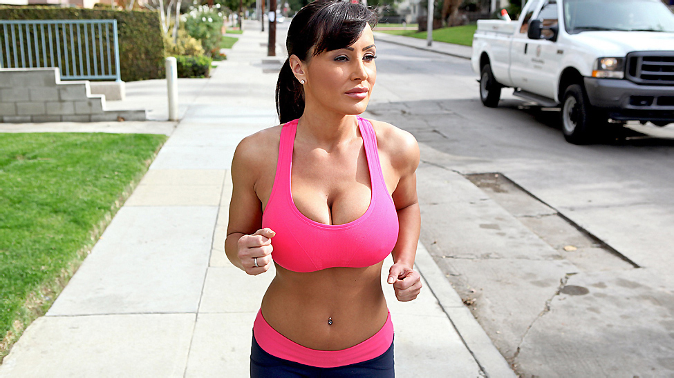 Lisa Ann In Jogging Around The Cock Torrent - free