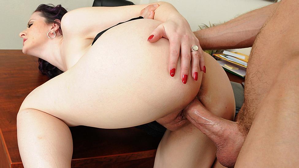 Mom's Boss is a Hot Slut