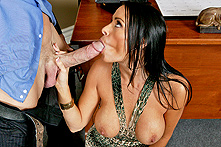 Vanilla Deville in Mommy Needs To Find A Way - Picture 2