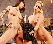 Beyond  The Thunderclit - Kiara Diane - April O'Neil - Elle Michaels - 3