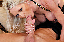 Emma Starr in Milf Party Planner Fucks The Host - Picture 2