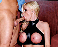 The Latex Club - Nadia Hilton - 2
