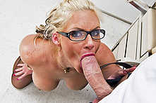 Phoenix Marie in Doctor Orgasm - Picture 2