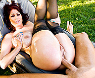 Oiled Cougar - Tiffany Mynx - 4