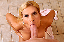 Brooke Tyler in Like a horse... - Picture 2
