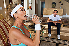 Brandi Love in Shake his Dick - Picture 2