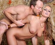 A Roll in the Hay - Melissa Matthews - 1