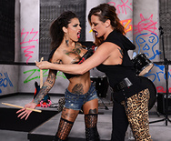 Battle of the Bitches - Bonnie Rotten - Tory Lane - 1