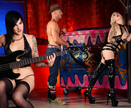 The Kinky Dungeon - Kleio Valentien - Nikki Hearts - 1