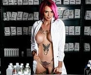 Pharmacy Fuckdown - Anna Bell Peaks - 1