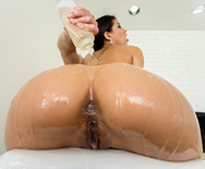 Soaking and Sucking - Veronica Rodriguez - 1