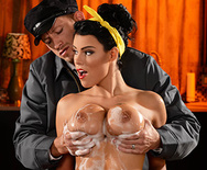 My Honey Wants It Rough - Peta Jensen - 2