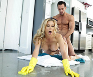 The Naked Mom - Alexis Fawx - 2