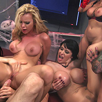 BRAZZERS LIVE 29: NIGHTMARE ON ASS STREET