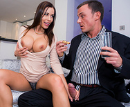 La Esposa de mi Terrible Jefe - Satin Bloom - 1